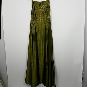 Jessica Mclintock green gown 12 bodice detail